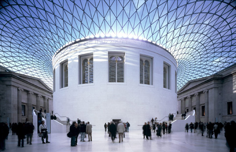 Late-night opening hours at London museums and galleries