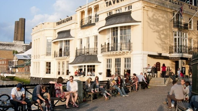 Greenwich bars and pubs