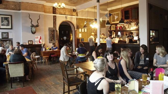 Dog Friendly Pubs Old Windsor