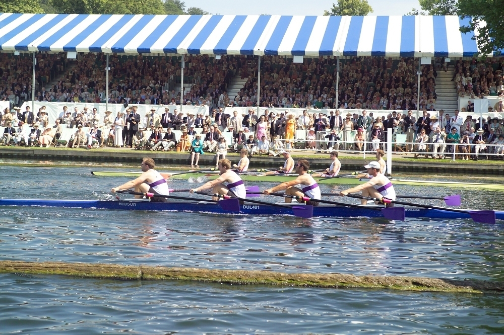 The alternative boat race
