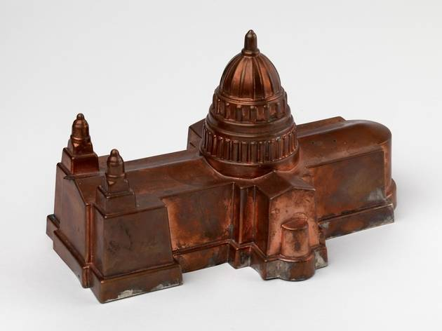 (lower) Image 1 St. Pauls Cathedral Jelly Mould, Bompas & Parr, 2009. Photo Nick MossCrafts Council.jpg