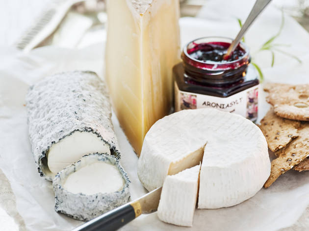 jakob+fridholm-swedish+cheese+tray-1122.jpg