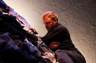 Sam Phillips in Elegy at Theatre503 -  Photographer Zbigniew Kotkiewicz 2.jpg
