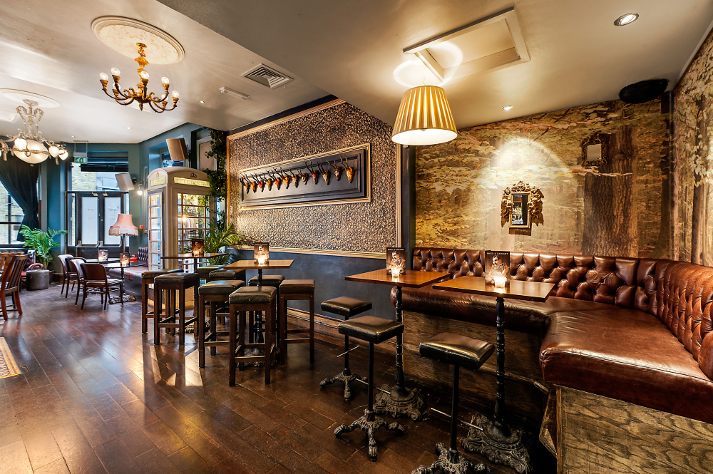 Bars in london coolest london bars time out london - Kleur trendy restaurant ...