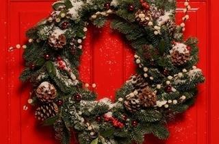 christmas_wreath_crop.jpg