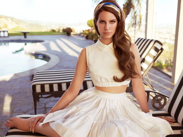 LanaDelRey_press2012.jpg