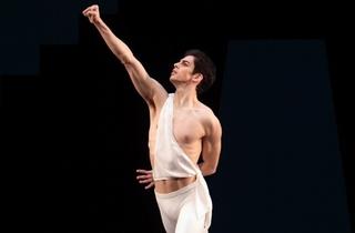 Royal Ballet: Apollo/Wheeldon/Ratmansky