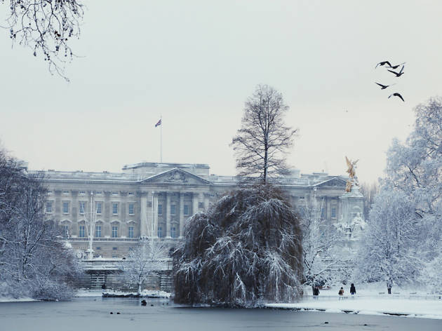 st_james's_park_snow_©GilesBarnard.jpg