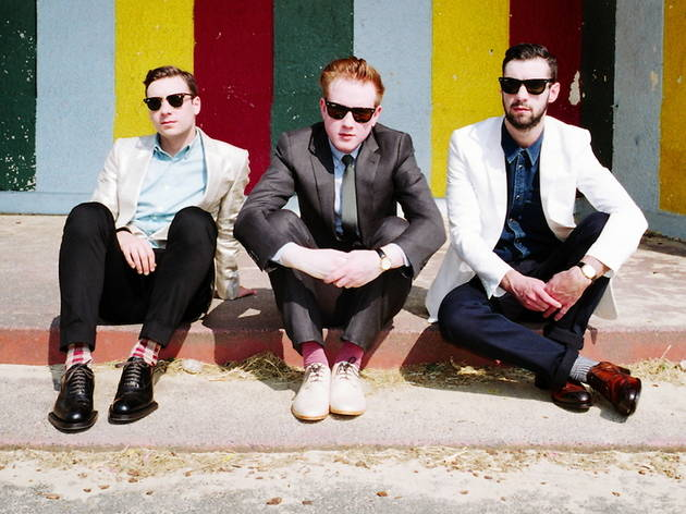 New_TwoDoorCinemaClub_press2012_001.jpg