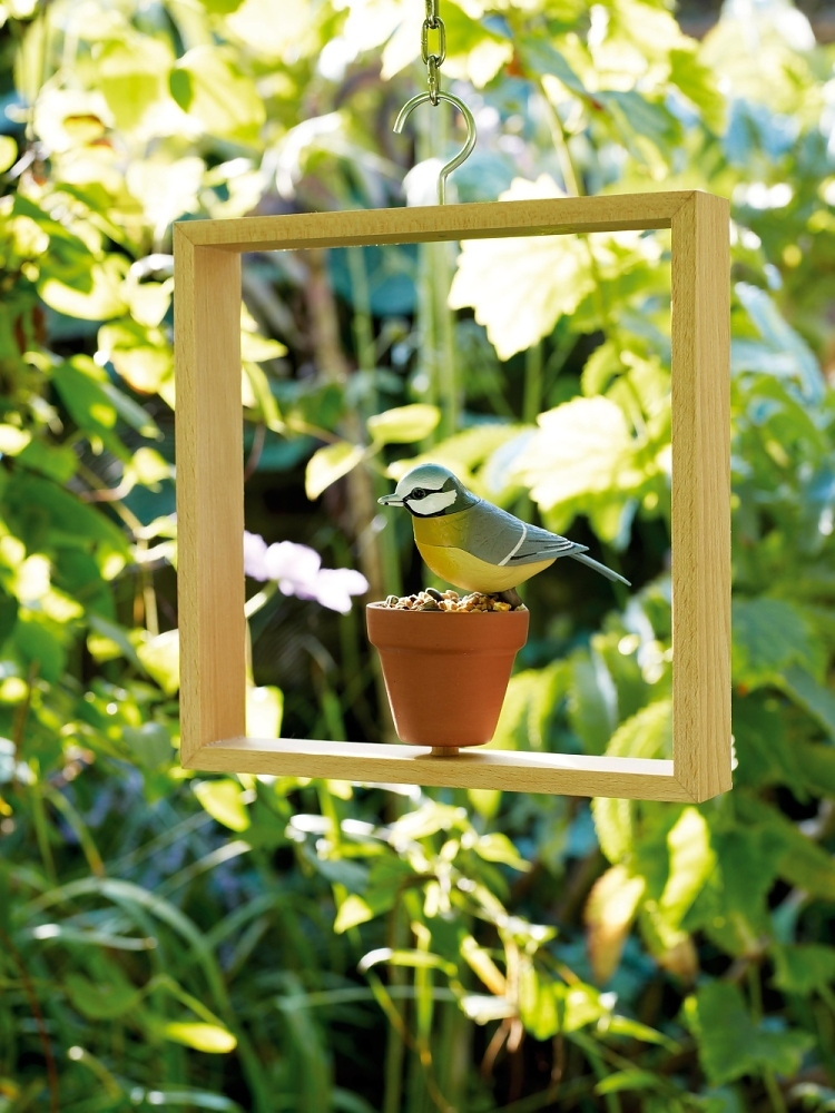 AT_wood_williammorrisgallery_2009_CREDIT_Bird Feeder by Nina Tolstrup_Photography Angela Moore.jpg