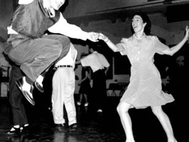 swing-dance-swing-orchestra.jpg