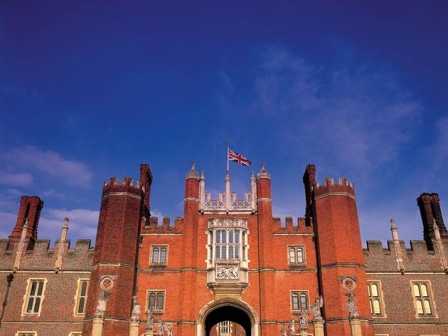 Hampton Court Palace_CREDIT_Historic Royal Palaces_newsteam.co.uk.jpg