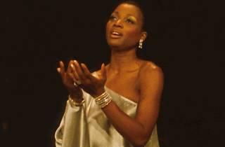 Wilhelminia Wiggins Fernandez in Diva