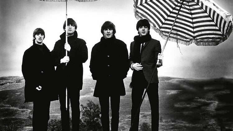 AT_thebeatlestobowie_nationalportraitgallery_2009press_CREDIT_The Beatles, 1964 copyright Robert Whi