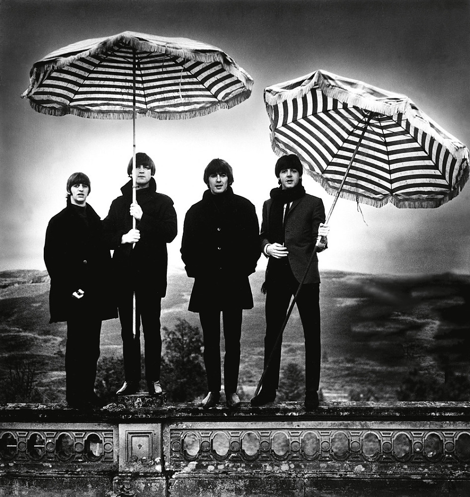 AT_thebeatlestobowie_nationalportraitgallery_2009press_CREDIT_The Beatles, 1964 copyright Robert Whi
