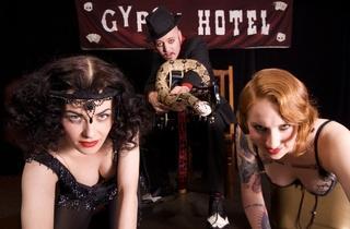 Cabaret_gypsyhotel_2009press_CREDIT_Sin Bozkurt (2).jpg