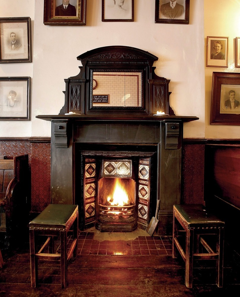 Bars and pubs with open fires