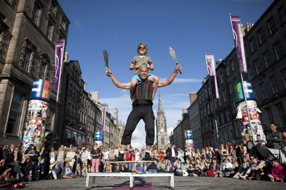 Street performer at Edinburgh Festival.jpg