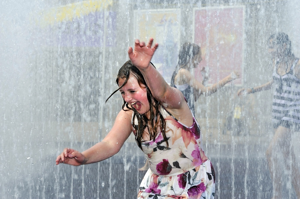 Play fountains in London