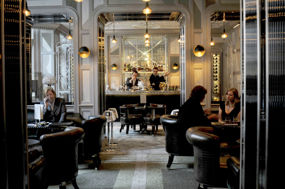 The Connaught Bar and Coburg Bar at The Connaught