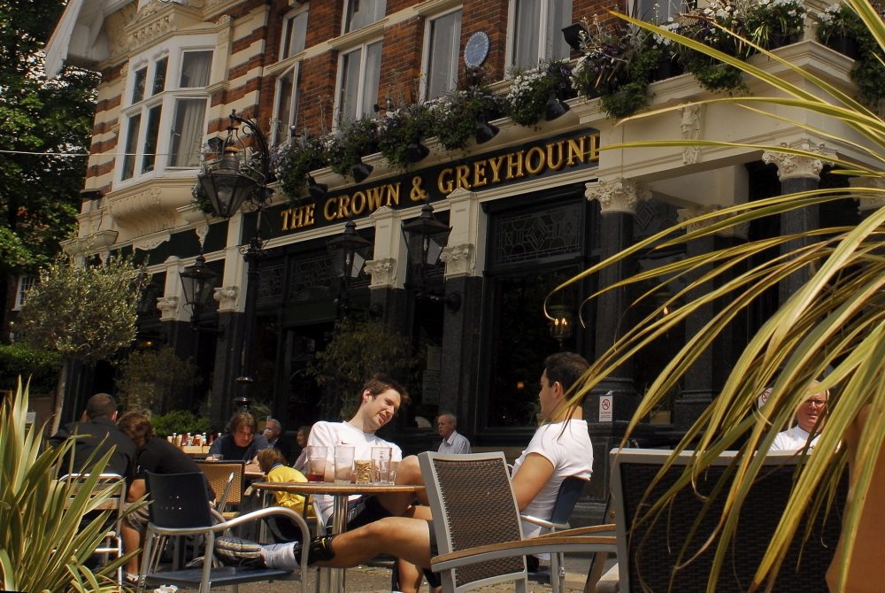 Crown & Greyhound