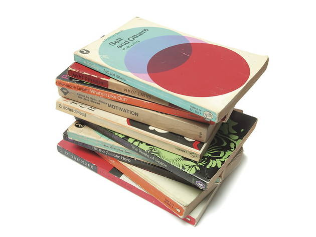 Books006.jpg