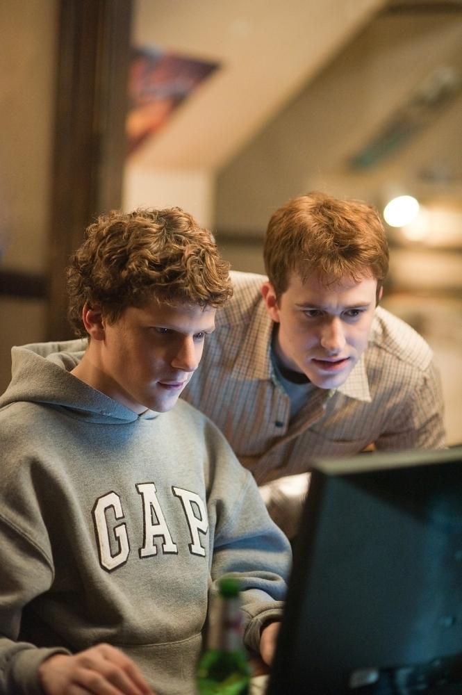 Sete filmes sobre internet e redes sociais que o vão fazer ter medo do Google