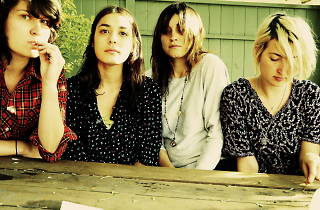 MUSIC_Warpaint_Press2010.jpg