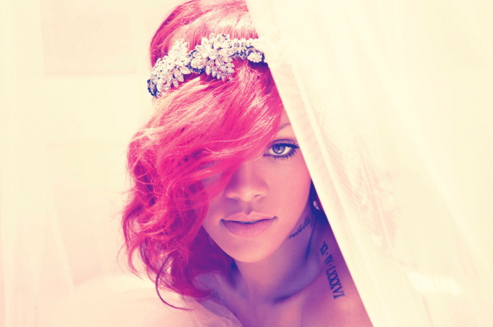 MUSIC_Rihanna_Press2010.jpg