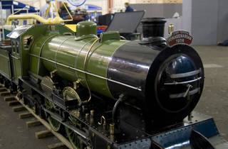 London Model Engineering 100yr old model train.jpg