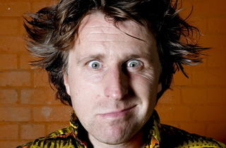 Milton Jones – On the Road