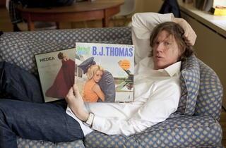 MUSIC_ThurstonMoore_Credit_BJ_Thomas_press2011.jpg