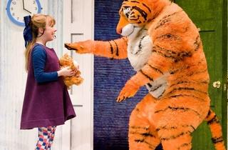 Abbey_Norman_Sophie_Alan_Atkins_Tiger_in_The_Tiger_Who_Came.JPG