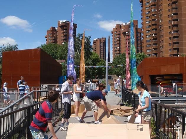 Cremorne Cardboard Canoe Competition
