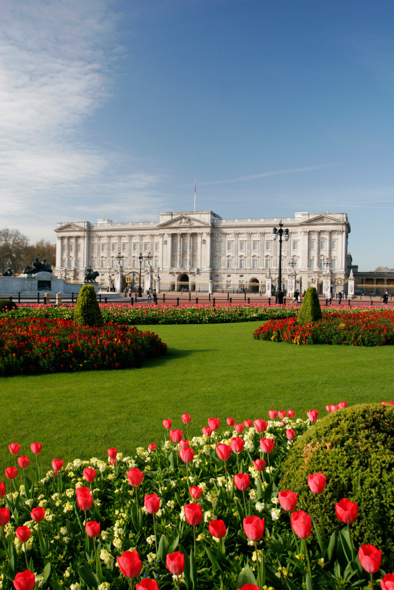 See inside Buckingham Palace while the Queen's on holiday