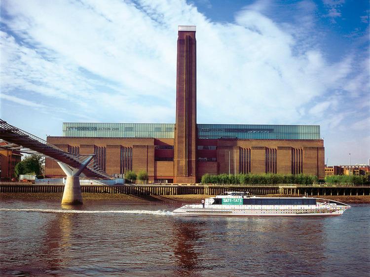 Tate to Tate Boat