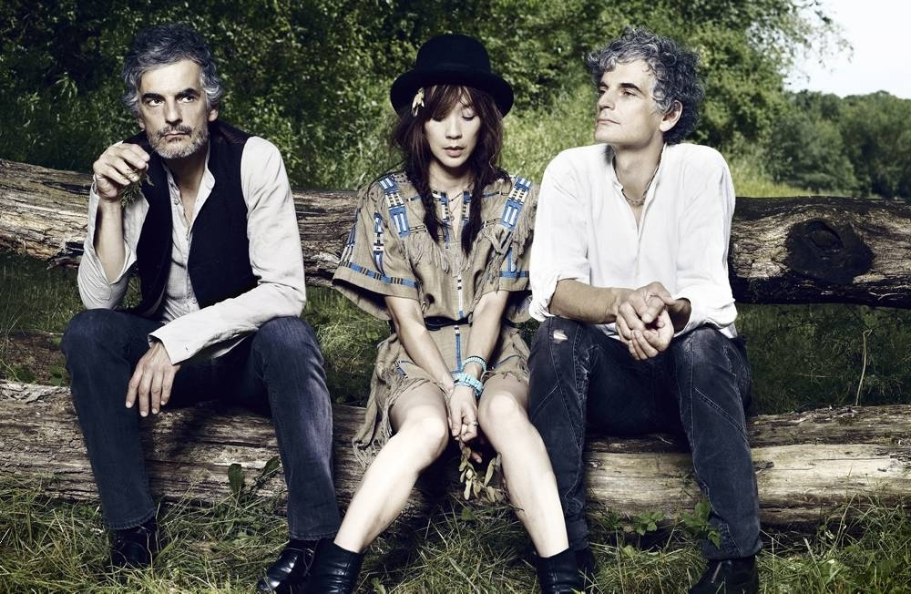 MUSIC_BlondeRedhead_CREDIT_PierNicolaD'Amico_press2011.jpg