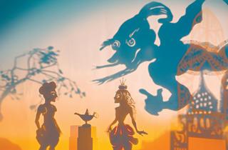 (Aladdin, Indigo Moon © Little Angel Theatre)