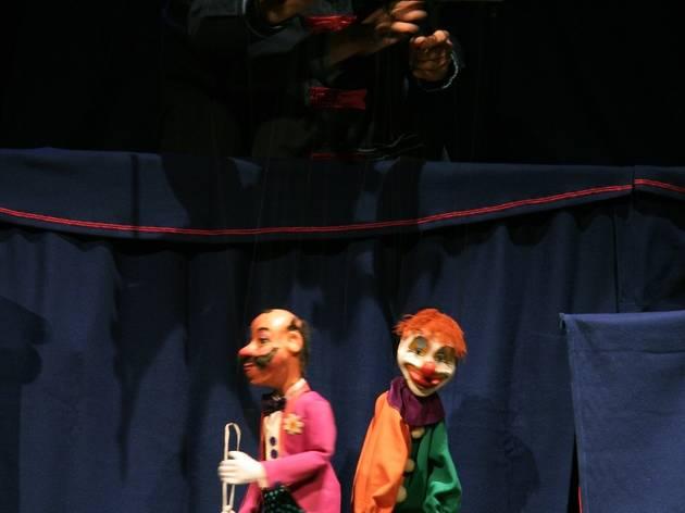 The DaSilva Marionette Circus