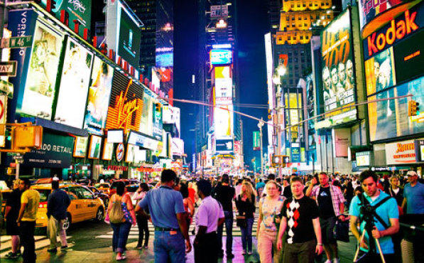 New york attractions times square for Things to do around times square