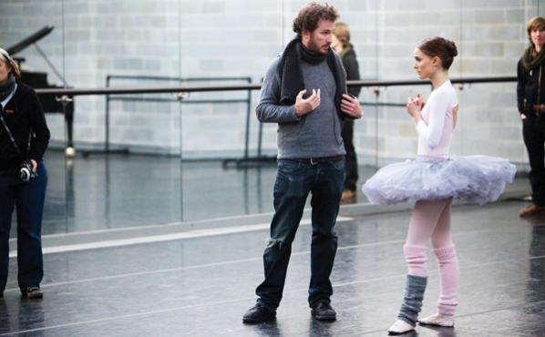 <p><strong>SPIN DOCTOR</strong> Aronofsky stretches Portman to new lengths.</p>