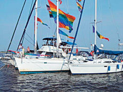 yach Gay clubs sailing
