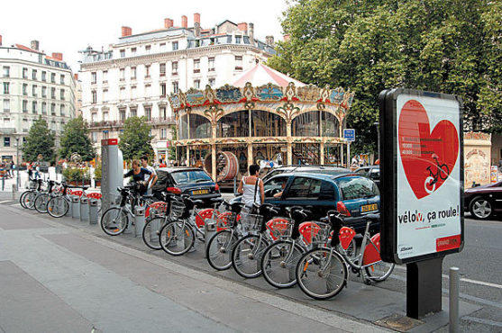 CHAIN GANG A municipal bike-share program is now operating in Lyon, France.
