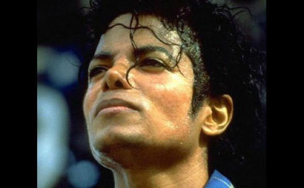 <p>Michael Jackson</p>