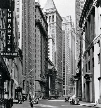 Broad Street Looking Toward Wall Street, 1916