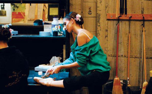 FEET FIRST Stephanie Zungre readies her pointe shoes