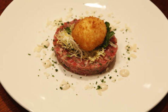 Beef tartare with crispy poached egg at the Astor Room