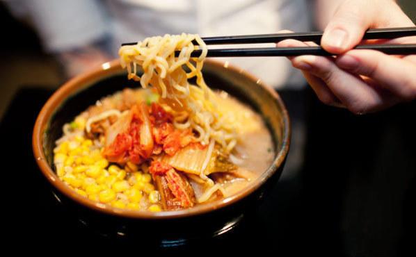Kome ramen with kimchi at Ramen Misoya