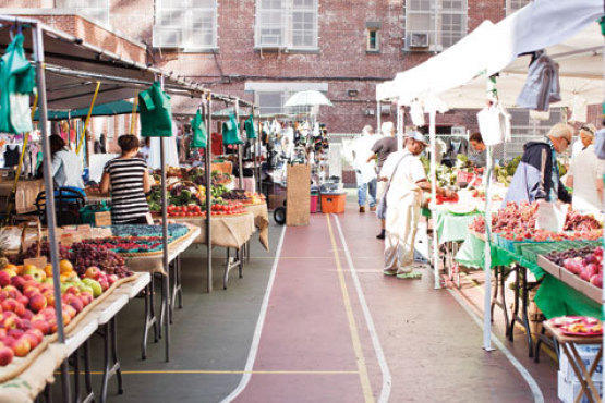 Best for jewelry and accessories: East 67th Street Market and