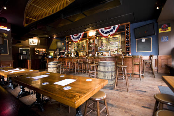 NYC s 5 Best Bars On The Upper West Side CBS New York